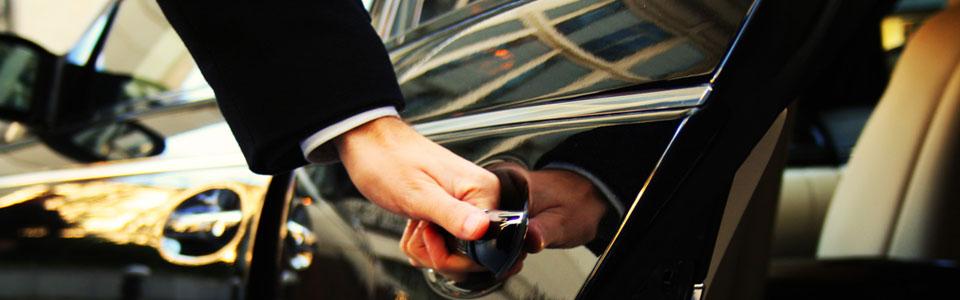 Прокат автомобилей в водителем в Москве
